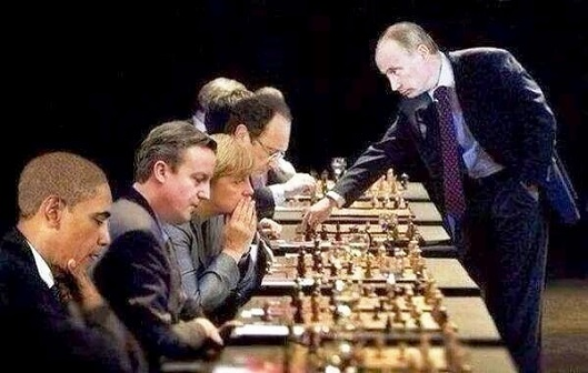 putin-chess-vs-eu-usa-529x336
